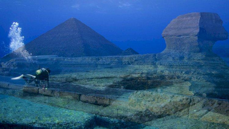 Piramidă scufundată în Triunghiul Dragonului