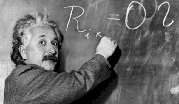 Teoria relativităţii lui Einstein, la fel de actuală după o sută de ani