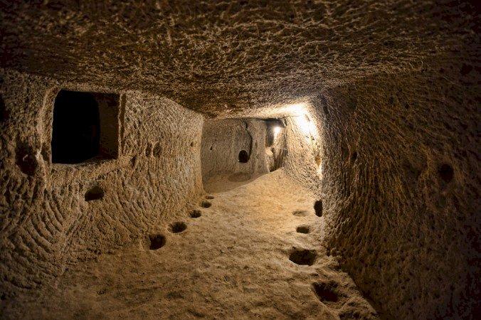 Tunelul misterios, de 12.000 de ani vechime, care leagă Scoția de Turcia