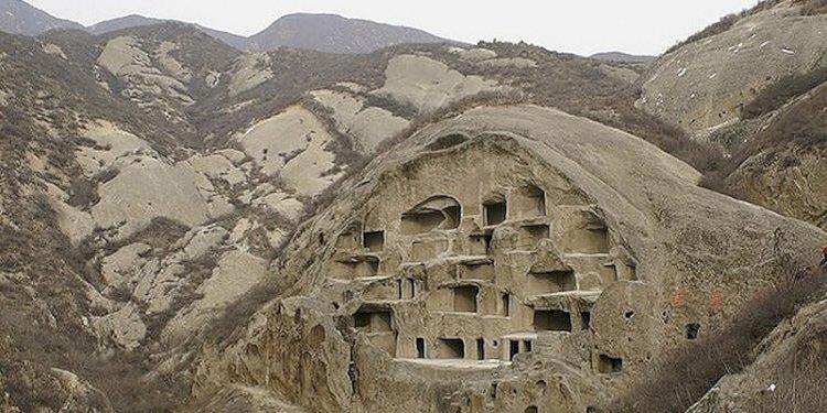 Peste 30 de milioane de chinezi trăiesc în peșteri